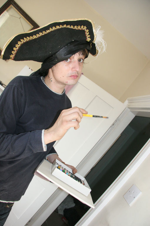 A Day at Pete Doherty's House / Wiltshire / Mutiny