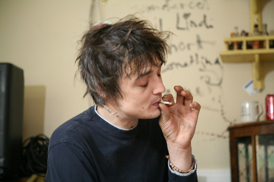 A Day at Pete Doherty's House / Wiltshire / I rolled that